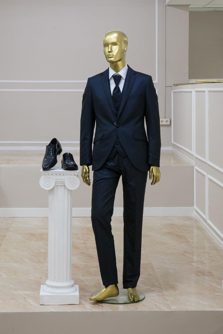 traje de hombre color negro