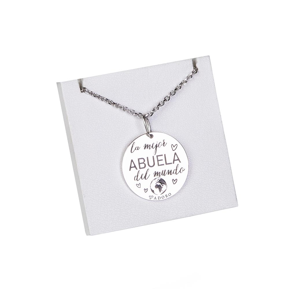 Collar con placa de plata con mensaje para abuela