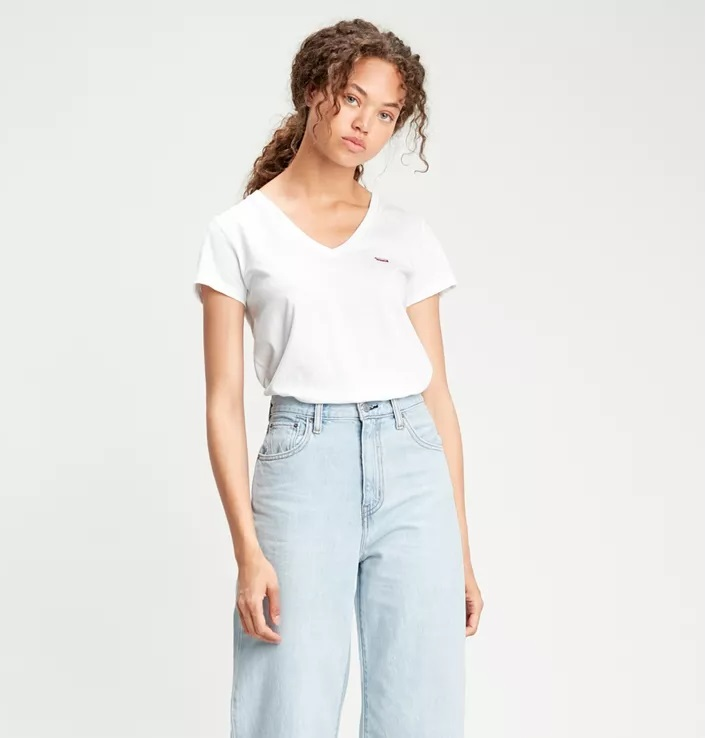 Camiseta Levis básica pico