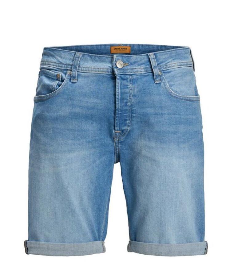Pantalones tejanos de hombre cortos